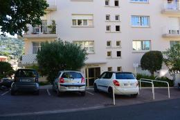 Appartement Le Cannet &bull; <span class='offer-area-number'>45</span> m² environ &bull; <span class='offer-rooms-number'>2</span> pièces