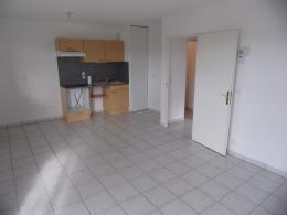 Appartement Les Andelys &bull; <span class='offer-area-number'>47</span> m² environ &bull; <span class='offer-rooms-number'>2</span> pièces