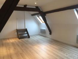 Location studio Estrees St Denis