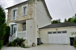 Maison Montry &bull; <span class='offer-area-number'>145</span> m² environ &bull; <span class='offer-rooms-number'>7</span> pièces