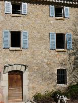 Location Propriété 4 pièces Le Rouret