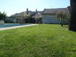Maison Beaumont de Lomagne &bull; <span class='offer-area-number'>160</span> m² environ &bull; <span class='offer-rooms-number'>7</span> pièces