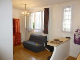 Appartement Issy les Moulineaux &bull; <span class='offer-area-number'>28</span> m² environ &bull; <span class='offer-rooms-number'>1</span> pièce