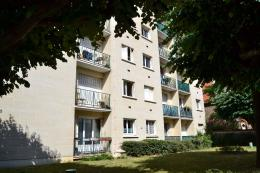 Appartement St Maur des Fosses &bull; <span class='offer-area-number'>28</span> m² environ &bull; <span class='offer-rooms-number'>1</span> pièce