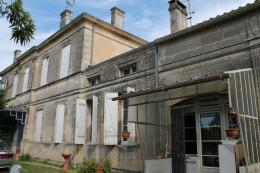 Maison St Christoly de Blaye &bull; <span class='offer-area-number'>125</span> m² environ &bull; <span class='offer-rooms-number'>7</span> pièces
