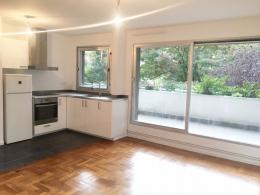 Appartement Paris 11 &bull; <span class='offer-area-number'>45</span> m² environ &bull; <span class='offer-rooms-number'>2</span> pièces