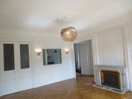Appartement Lyon 01 &bull; <span class='offer-area-number'>109</span> m² environ &bull; <span class='offer-rooms-number'>3</span> pièces