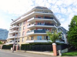 Appartement Rosny sous Bois &bull; <span class='offer-area-number'>66</span> m² environ &bull; <span class='offer-rooms-number'>3</span> pièces