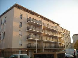 Appartement Sartrouville &bull; <span class='offer-area-number'>53</span> m² environ &bull; <span class='offer-rooms-number'>3</span> pièces