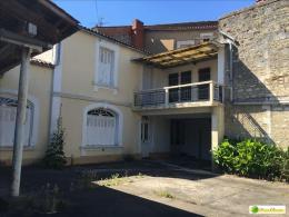 Location Maison 4 pièces Ruelle sur Touvre