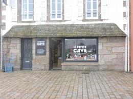Location Commerce Concarneau