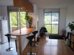 Location studio St Cyr l Ecole