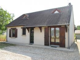 Maison Mehun sur Yevre &bull; <span class='offer-area-number'>90</span> m² environ &bull; <span class='offer-rooms-number'>4</span> pièces