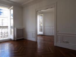 Appartement Paris 13 &bull; <span class='offer-area-number'>83</span> m² environ &bull; <span class='offer-rooms-number'>3</span> pièces