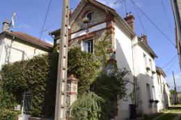 Maison Germigny L Eveque &bull; <span class='offer-area-number'>167</span> m² environ &bull; <span class='offer-rooms-number'>7</span> pièces