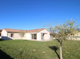 Maison Benagues &bull; <span class='offer-area-number'>123</span> m² environ &bull; <span class='offer-rooms-number'>6</span> pièces