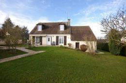 Maison La Celle les Bordes &bull; <span class='offer-area-number'>134</span> m² environ &bull; <span class='offer-rooms-number'>7</span> pièces