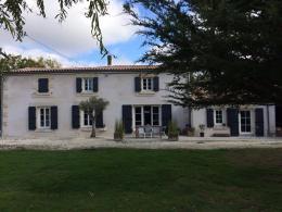 Maison La Ronde &bull; <span class='offer-area-number'>150</span> m² environ &bull; <span class='offer-rooms-number'>6</span> pièces