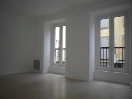 Appartement Aurillac &bull; <span class='offer-area-number'>59</span> m² environ &bull; <span class='offer-rooms-number'>2</span> pièces