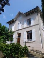 Maison Caluire et Cuire &bull; <span class='offer-area-number'>200</span> m² environ &bull; <span class='offer-rooms-number'>7</span> pièces