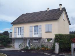 Maison Jussac &bull; <span class='offer-area-number'>110</span> m² environ &bull; <span class='offer-rooms-number'>6</span> pièces