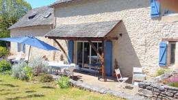 Maison Montignac &bull; <span class='offer-area-number'>244</span> m² environ &bull; <span class='offer-rooms-number'>10</span> pièces