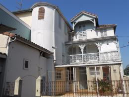 Maison Hagetmau &bull; <span class='offer-area-number'>117</span> m² environ &bull; <span class='offer-rooms-number'>8</span> pièces