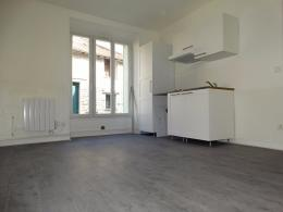 Appartement Aubergenville &bull; <span class='offer-area-number'>28</span> m² environ &bull; <span class='offer-rooms-number'>2</span> pièces