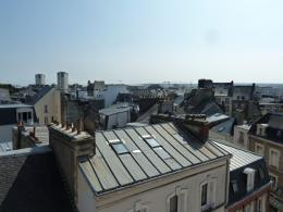 Appartement Cherbourg Octeville &bull; <span class='offer-area-number'>33</span> m² environ &bull; <span class='offer-rooms-number'>1</span> pièce