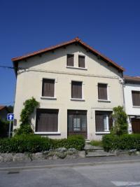 Maison Les Villettes &bull; <span class='offer-area-number'>136</span> m² environ &bull; <span class='offer-rooms-number'>8</span> pièces