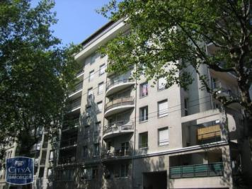 Appartement Lyon 03 &bull; <span class='offer-area-number'>48</span> m² environ &bull; <span class='offer-rooms-number'>2</span> pièces