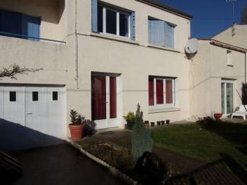 Maison Tonnay Charente &bull; <span class='offer-area-number'>100</span> m² environ &bull; <span class='offer-rooms-number'>4</span> pièces
