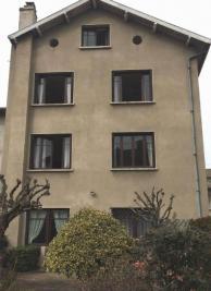 Maison Usson en Forez &bull; <span class='offer-area-number'>245</span> m² environ &bull; <span class='offer-rooms-number'>10</span> pièces