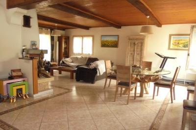 Maison La Trinite &bull; <span class='offer-area-number'>200</span> m² environ &bull; <span class='offer-rooms-number'>6</span> pièces