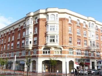 Appartement Douai &bull; <span class='offer-area-number'>58</span> m² environ &bull; <span class='offer-rooms-number'>3</span> pièces