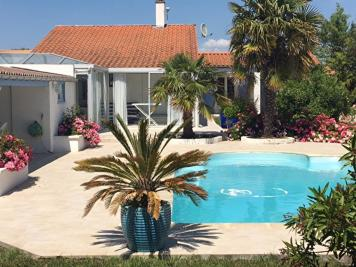 Maison St Georges d Oleron &bull; <span class='offer-area-number'>116</span> m² environ &bull; <span class='offer-rooms-number'>4</span> pièces