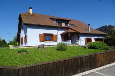 Maison Longevelle sur Doubs &bull; <span class='offer-area-number'>170</span> m² environ &bull; <span class='offer-rooms-number'>6</span> pièces