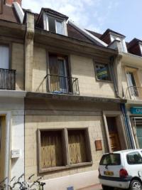 Immeuble Caudebec en Caux &bull; <span class='offer-area-number'>120</span> m² environ &bull; <span class='offer-rooms-number'>5</span> pièces
