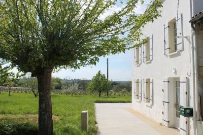 Maison Tauriac &bull; <span class='offer-area-number'>118</span> m² environ &bull; <span class='offer-rooms-number'>5</span> pièces