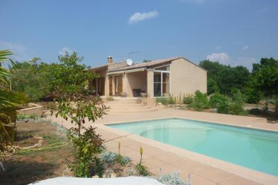 Villa Regusse &bull; <span class='offer-area-number'>115</span> m² environ &bull; <span class='offer-rooms-number'>4</span> pièces