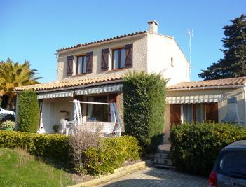 Maison Le Cap d Agde &bull; <span class='offer-area-number'>112</span> m² environ &bull; <span class='offer-rooms-number'>5</span> pièces