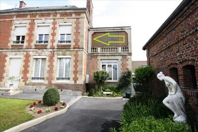 Appartement Montdidier &bull; <span class='offer-area-number'>102</span> m² environ &bull; <span class='offer-rooms-number'>5</span> pièces
