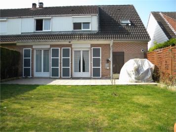 Maison Santes &bull; <span class='offer-area-number'>106</span> m² environ &bull; <span class='offer-rooms-number'>6</span> pièces