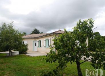 Maison St Denis de Pile &bull; <span class='offer-area-number'>104</span> m² environ &bull; <span class='offer-rooms-number'>4</span> pièces