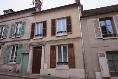 Maison Vetheuil &bull; <span class='offer-area-number'>101</span> m² environ &bull; <span class='offer-rooms-number'>5</span> pièces