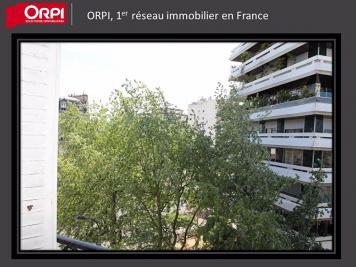 Appartement Paris 15 &bull; <span class='offer-area-number'>32</span> m² environ &bull; <span class='offer-rooms-number'>2</span> pièces