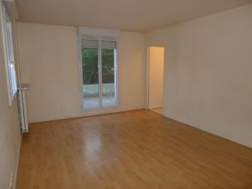 Appartement Creteil &bull; <span class='offer-area-number'>28</span> m² environ &bull; <span class='offer-rooms-number'>1</span> pièce