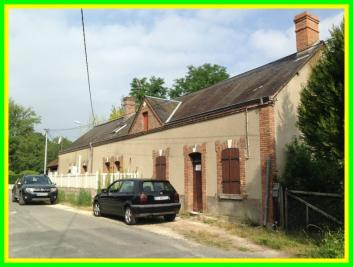 Maison Brinon sur Sauldre &bull; <span class='offer-area-number'>75</span> m² environ &bull; <span class='offer-rooms-number'>3</span> pièces