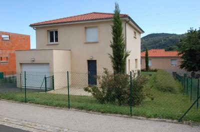 Maison Ceyrat &bull; <span class='offer-rooms-number'>5</span> pièces