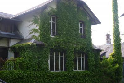 Maison St Viatre &bull; <span class='offer-area-number'>160</span> m² environ &bull; <span class='offer-rooms-number'>6</span> pièces